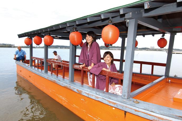 屋形船で柴山潟周遊